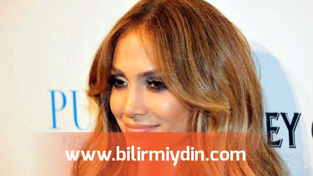 LAS VEGAS, NV - SEPTEMBER 24: Actress/singer Jennifer Lopez arrives for an evening at the Pure Nightclub at Caesars Palace on September 24, 2011 in Las Vegas, Nevada. (Photo by Steven Lawton/FilmMagic)